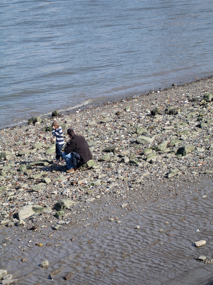 Father_son_Thames