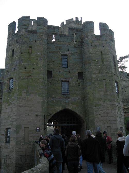 Warwick_gate