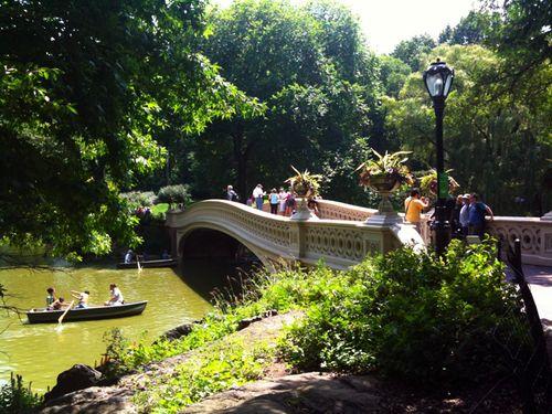 Central_park_bridge