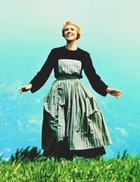 Maria_julie_andrews_hills_are_alive